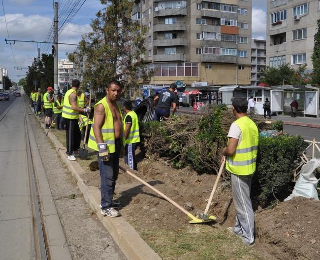 muncitori detinuti