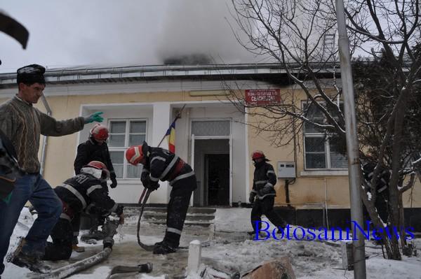 incendiu scoala Cerchejeni - Blandesti