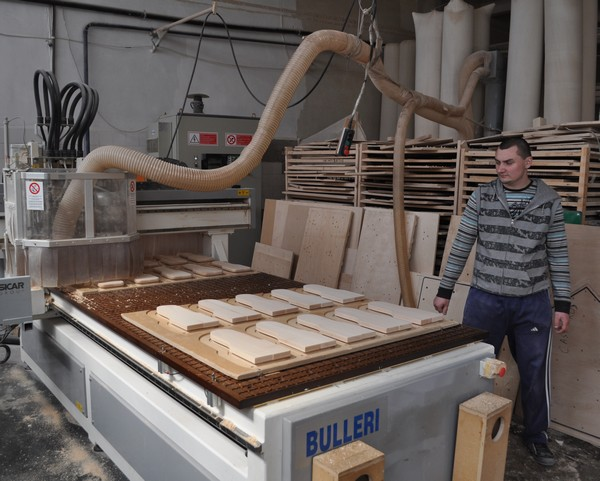 Flaro International Botosani- fabrica jucarii din lemn