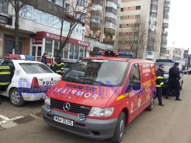 pompieri descarcerare politie bloc, stiri, botosani, jandarmi