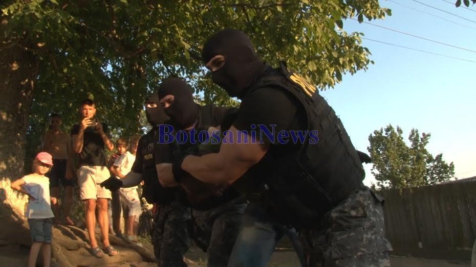criminal de la tudora prins cu mascatii- Botosani