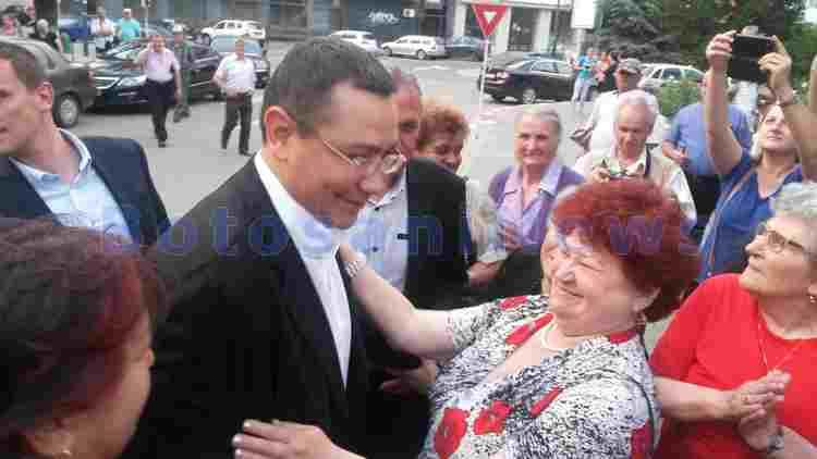 victor ponta la botosani cu pensionari in campanie