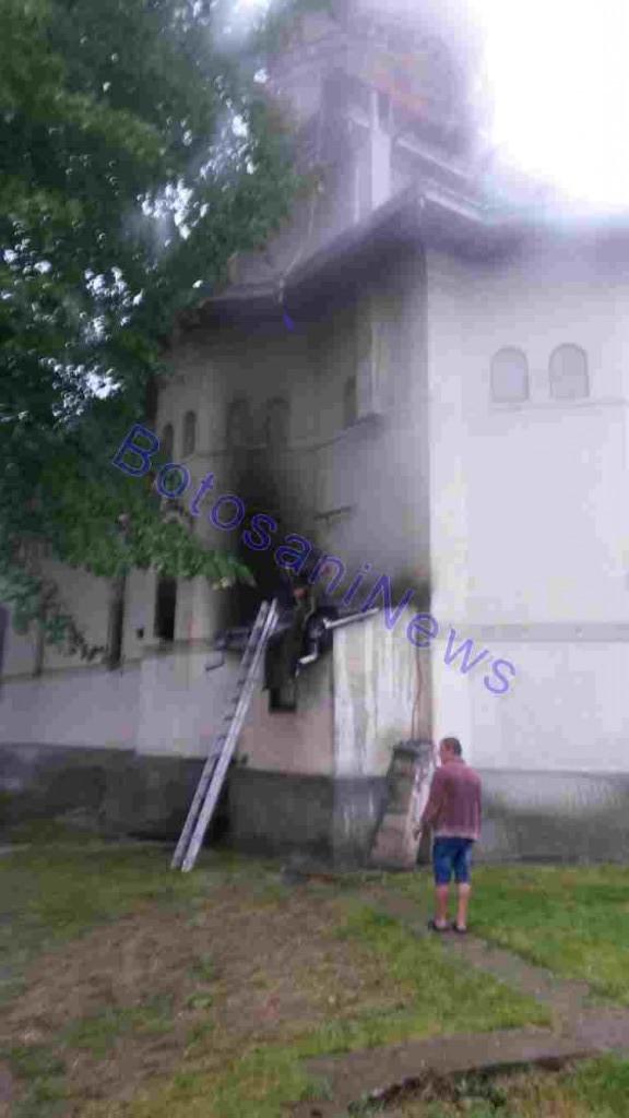 incendiu la biserica din copalau- botosani