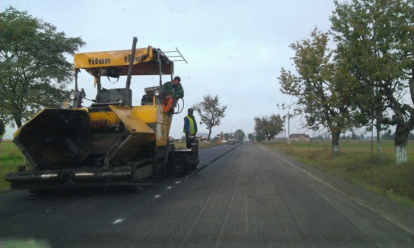 lucrari de asfaltare drum, stiri, botosani