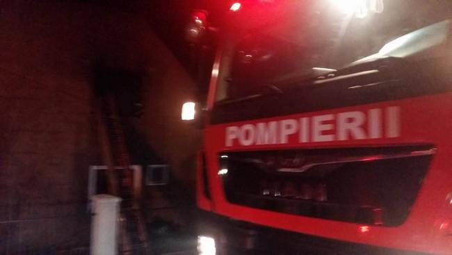 incendiu locuinta noaptea pompieri botosani