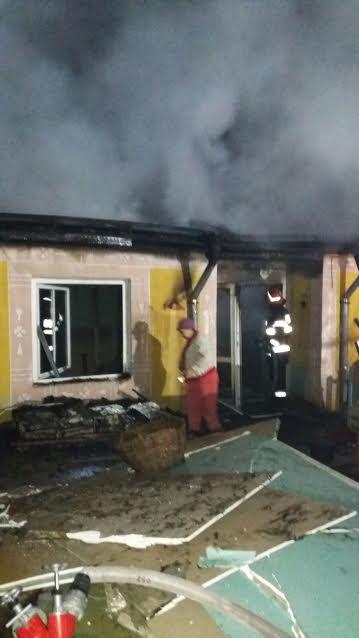 incendiu casa oneaga botosani