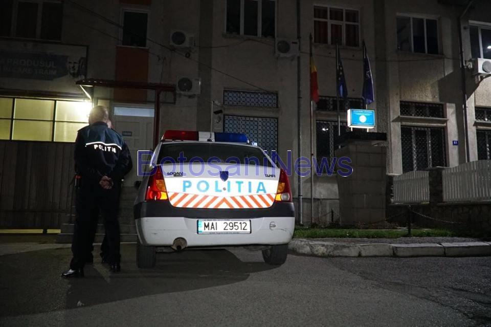 masina de politie la penitenciarul botosani