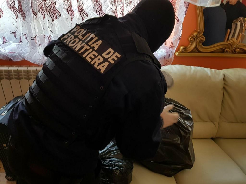 perchezii, politia de frontiera, stiri, botosani