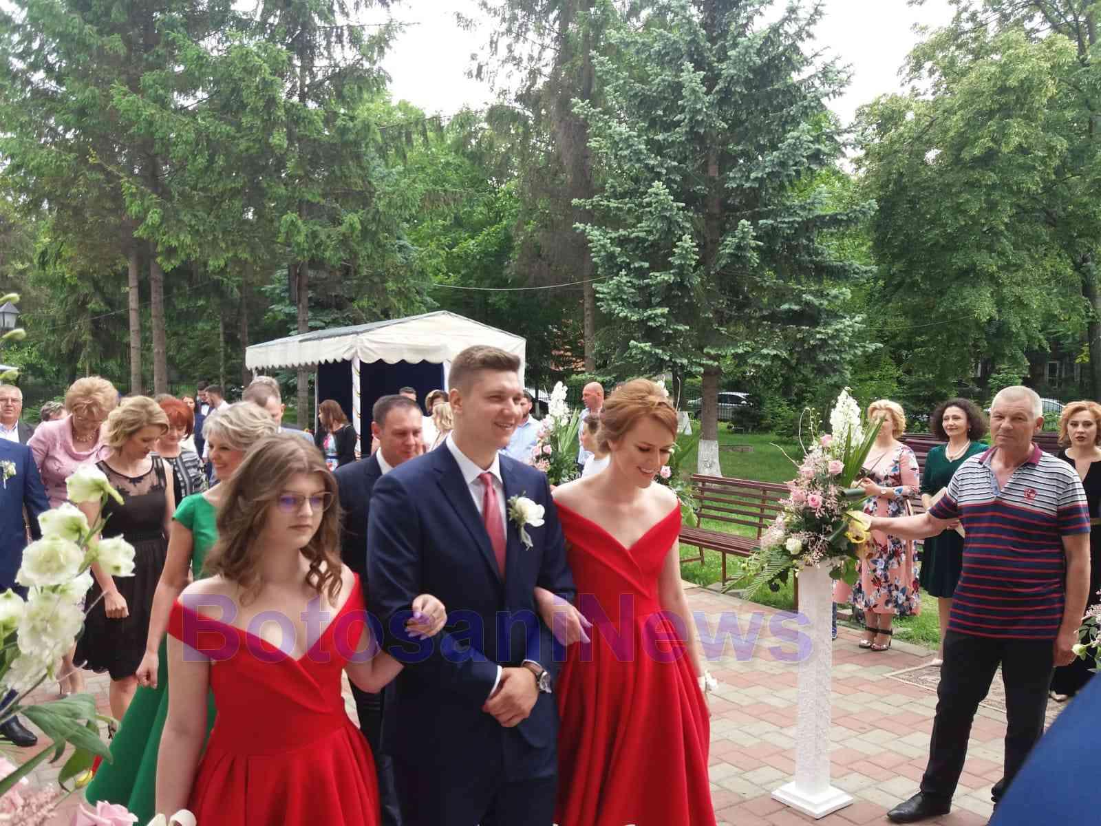 Femeia elve iana care cauta nunta)