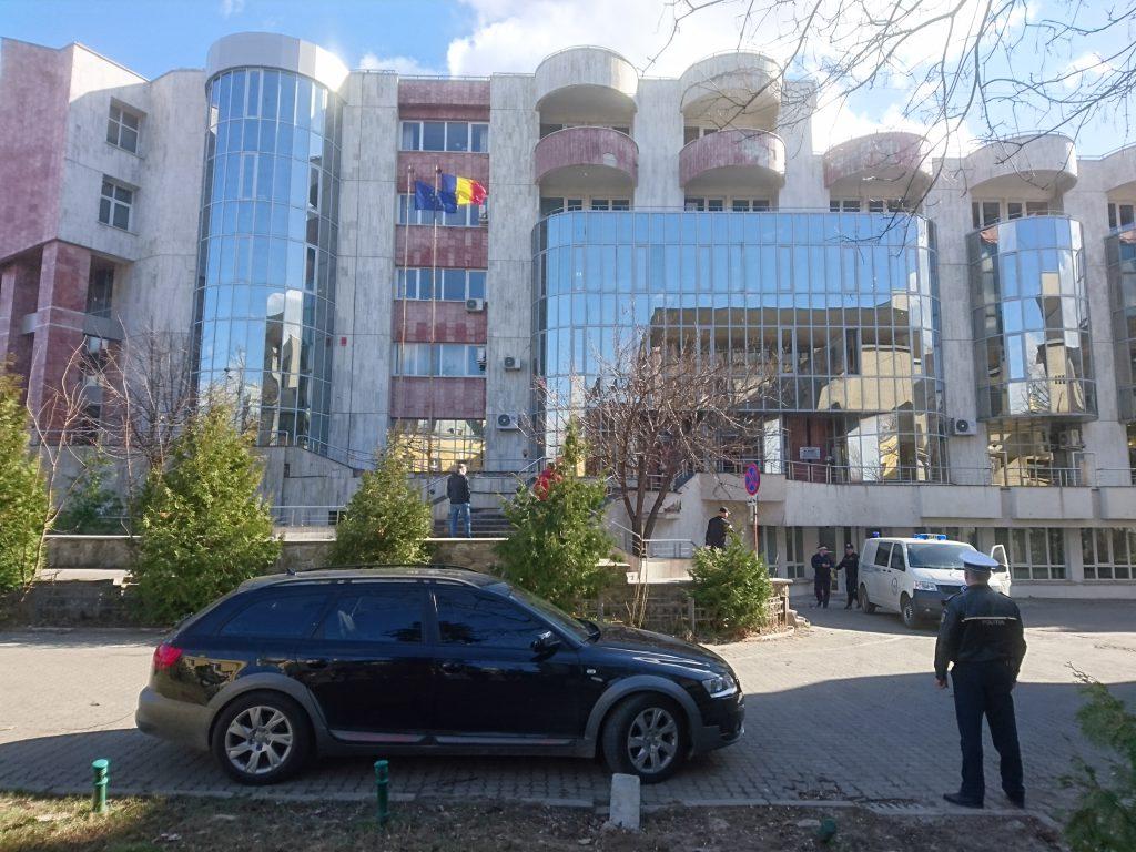 alerta cu bomba la sediul Finantelor din Botosani