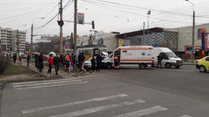 accident ambulanta produs de o masina de Botosani la Iasi