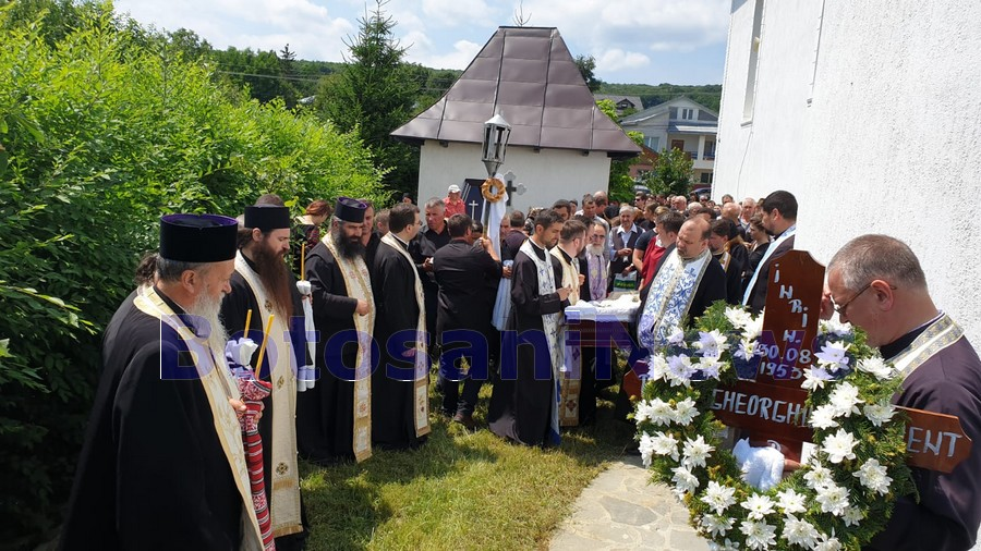 inmormantare preotul Clement Gheorghiu de la Copalau- Botosani
